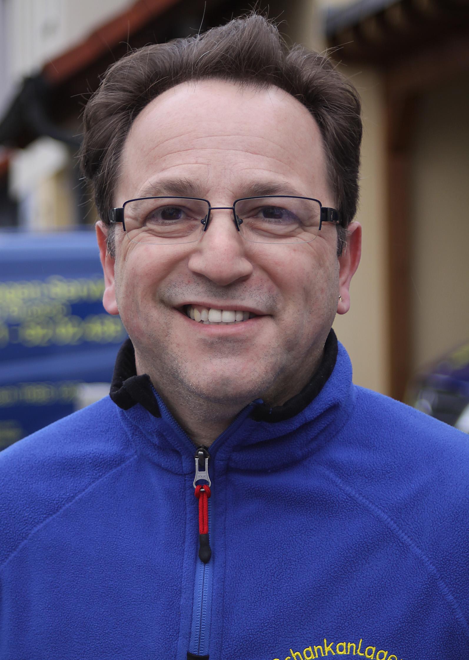 Luigi D'Onofrio, Inhaber