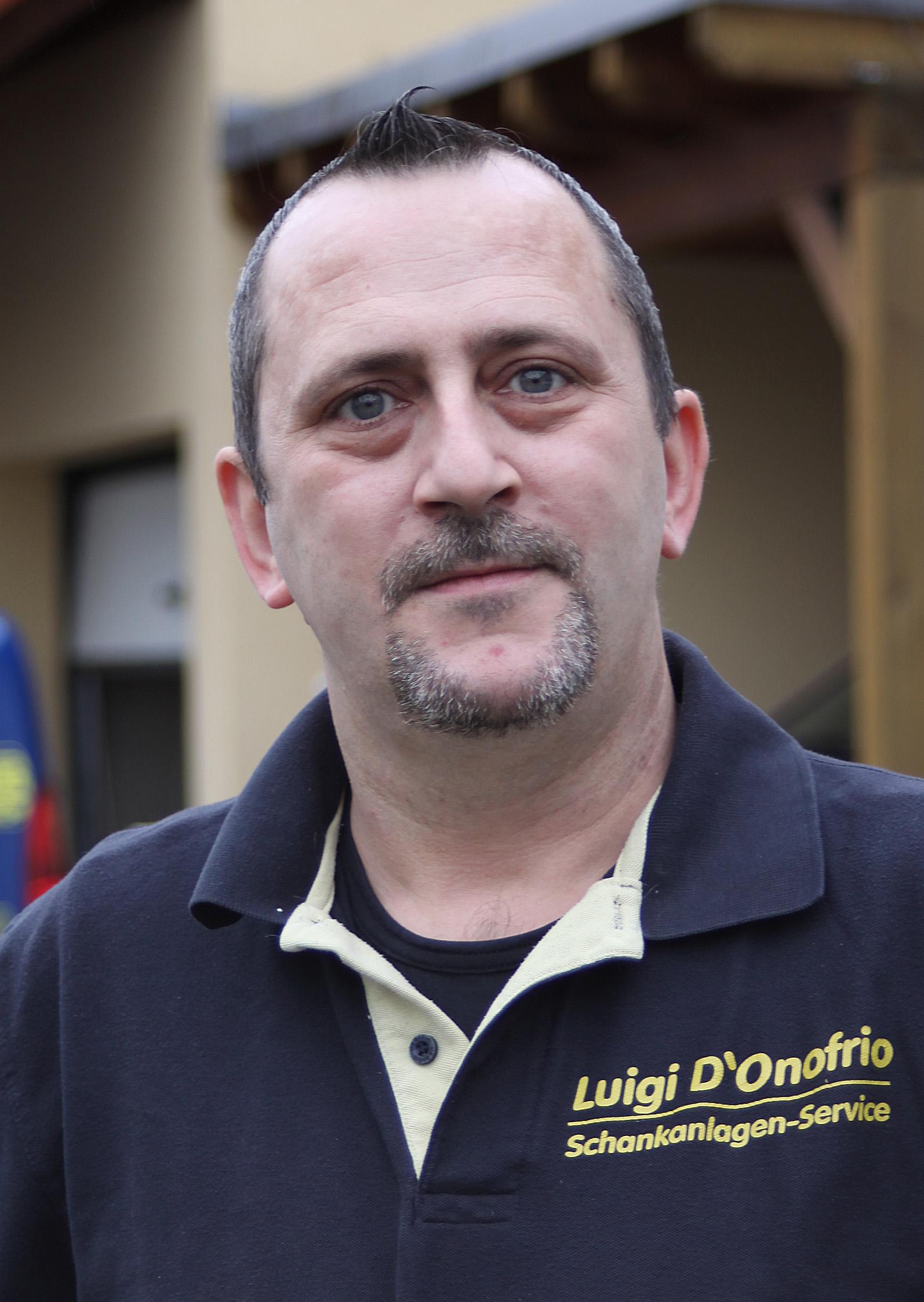 Wolfgang Fritz, Angestellter